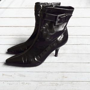 """BCBGirls """"Shelly"""" Black Ankle Boots Size 7.5"""